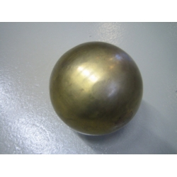 Nelco Brass IAAF Kilpakuula 5,0kg 100mm (messinki)